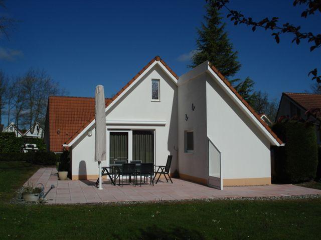 vakantiehuis campagne villa 61 terras achteraanzicht 2