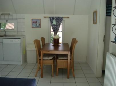 vakantiehuis campagne villa 72 eethoek