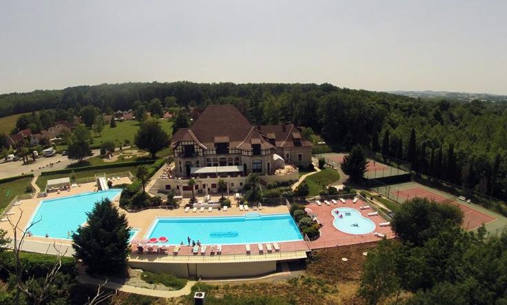 Frans vakantiehuis te koop Chateau Cazaleres